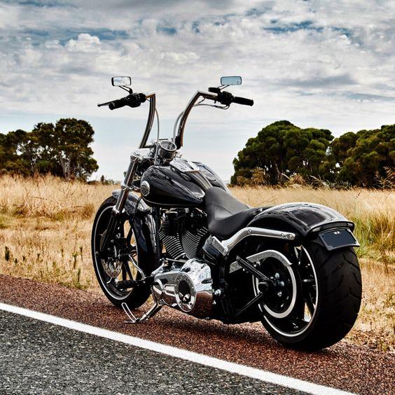 Harley Davidson Breakout FXSB: Highball 14