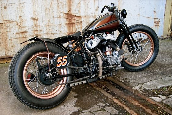 Harley WLC Custom - WWII Canadian Military Bike