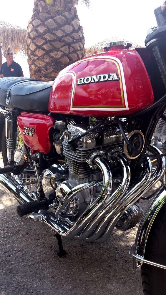 Honda CB 350 Four #honda #CB #CB350 #caferacercult #classic