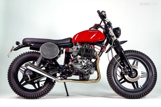 Honda CB400N customized by the Italian motorcycle builder Officine Mr. S performance design with looks keep the streets loyal.