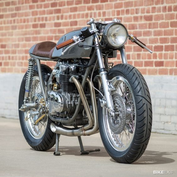 Honda CB550 cafe racer built by Kott Motorcycles