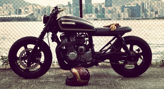 Honda CB750 cafe by Wesley Hannam / ET Custom Motorcycles (originally a Nighthawk)
