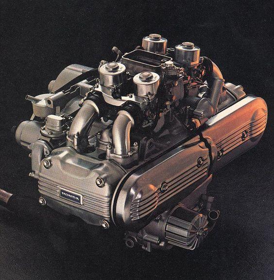 Honda GL 1000 (Goldwing) 999 cc SOHC flat-four engine