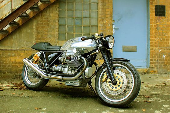 Is the Moto Guzzi Le Mans the greatest cafe racer platform of all time? Here's a Mark III owned by Berliner Sven Wedemeyer.