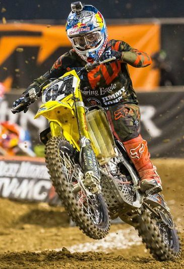 It was a speedy start to the supercross season.