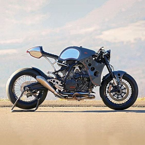 Just look at it. A @Rebecca Williams RC8 cafe racer by @46works in Japan. . Found via @Bike EXIF Cafe Racers and Custom Motorcycles.  #croig #caferacersofinstagram