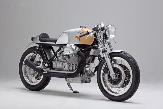 Kaffeemaschine - caféracer concebida por alemães sobre uma clássica italiana: Moto Guzzi Le Mans Mark III