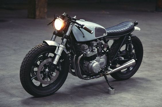 Kawasaki KZ650 Cafe Racer - Clutch Custom Motorcycles