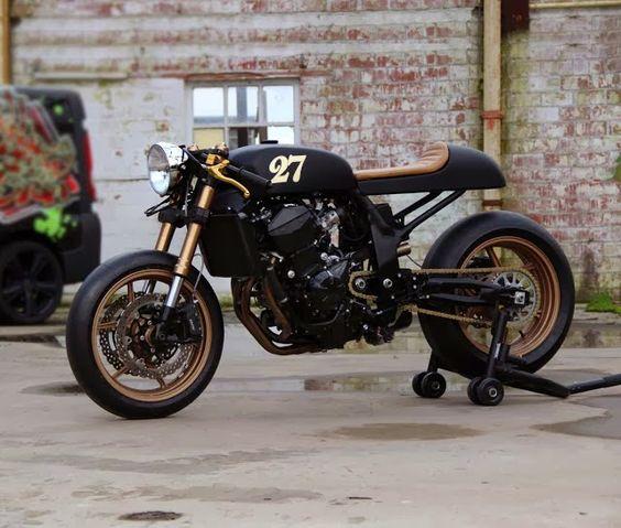 Kawasaki Z760 - Cafe Racer Culture
