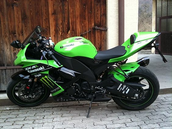 Kawasaki ZX10-R Ninja Monster Edition