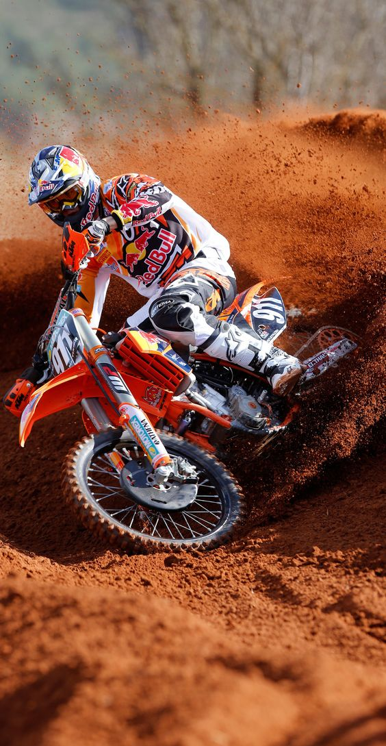 #LL #Motocross #Reddust Livelife Cool picture! Could find some pics like this to put in Z's room.