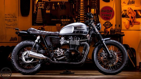 Macco Motors continue their success of building super cool Triumph Twins with their latest build 'The Pilgrim' which is based on a 2010 Triumph Bonneville T100.
