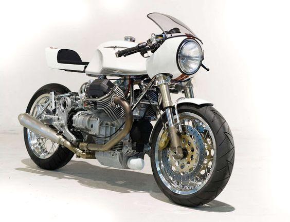 Moto Guzzi 1100 Sport Cafe Racer - Claude Battheu #motorcycles #caferacer #motos  