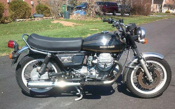 Moto Guzzi 850 T3 - Right Side