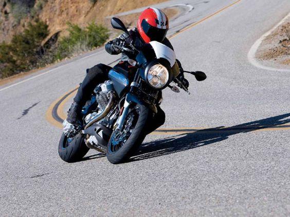 Moto Guzzi Breva 1200 Sport