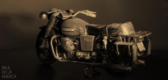 Moto Guzzi by Raul de la Huerga