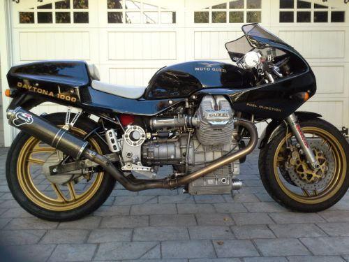 Moto Guzzi Daytona 1000 - Right Side