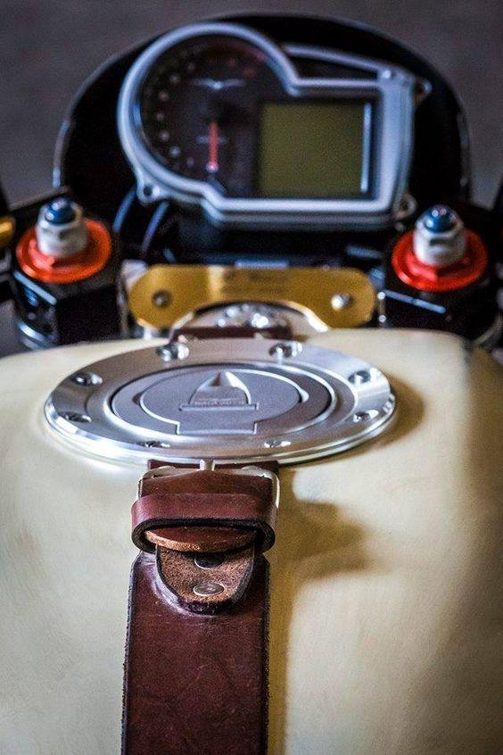 Moto Guzzi Griso Vintage Cafe - RocketGarage Cafe Racer