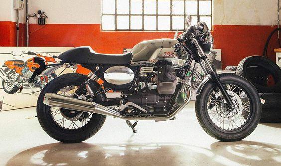 Moto Guzzi V 7 cafe racer