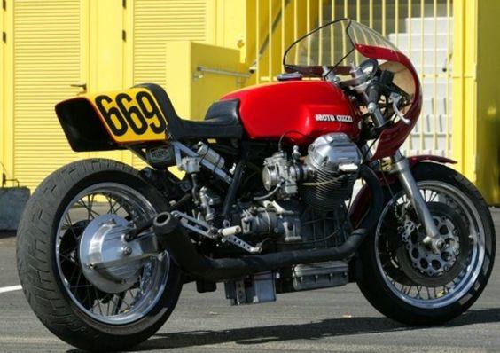 Moto Guzzi vintage racer