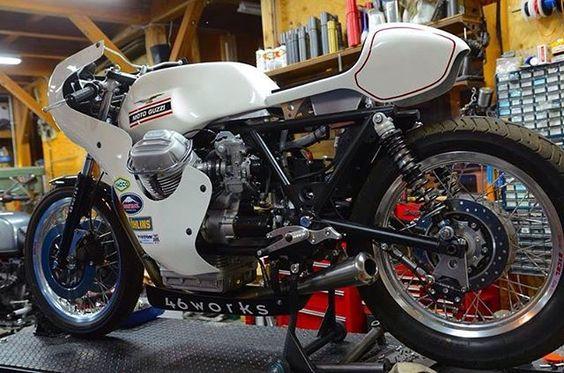 Moto Guzzy V7 sport racer #46works #motoguzzi #v7