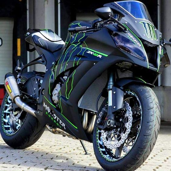 motorcycles page/my instagram @chairellbikes4life — ZX10R  #ZX10R#KAWASAKI#chairellbikes4life