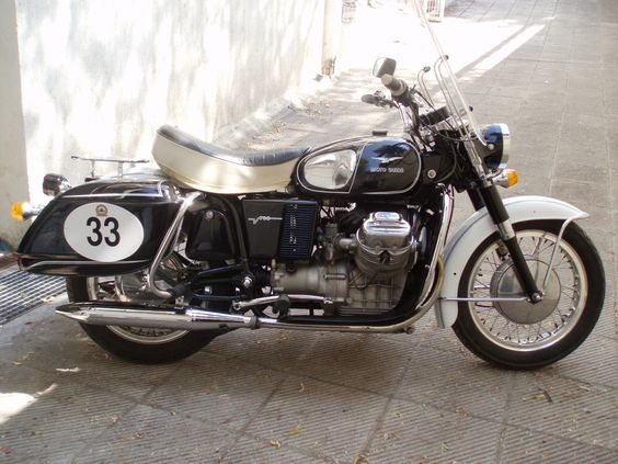 My Moto Guzzi v7 special 1972