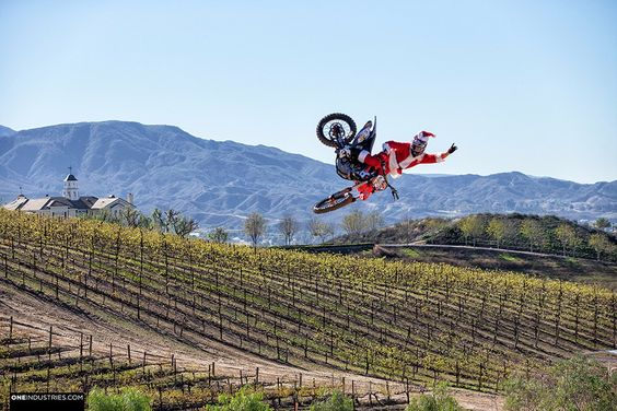 one-industries-moto-santa-fmx-moto-christmas-huge-whip-5