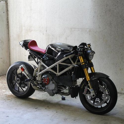 • overboldmotorco:   A Ducati 1098 that