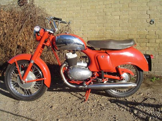 Panther 3T 325cc  Image supplied by
