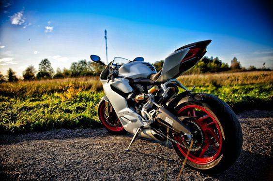 Photoshoot With My Ducati Panigale 899 - Album on Imgur