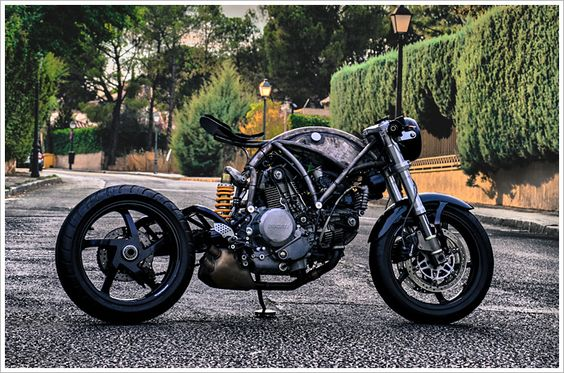 Pipeburn Motorcycles | Bringing you the world's best café racers, bobbers and custom motorcycles | Page 7