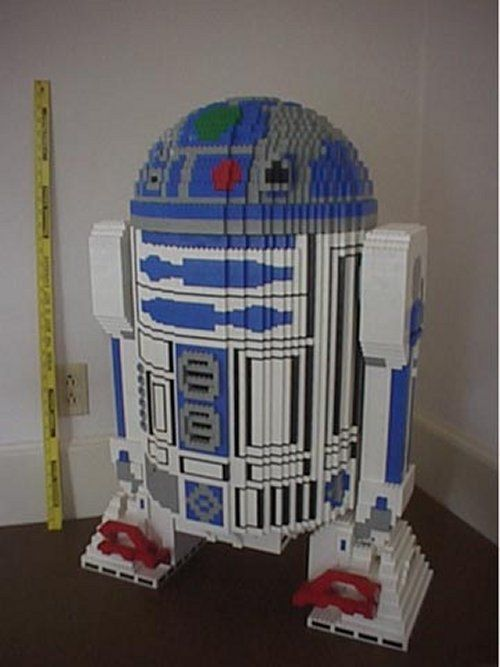 R2D2 and 16 other geeky creations out of legos