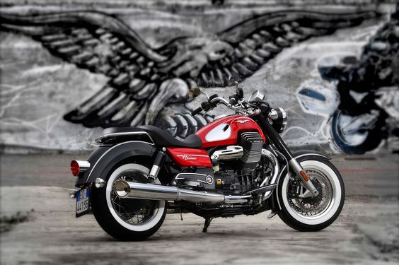 Racing Cafè: Moto Guzzi Eldorado 1400 2015