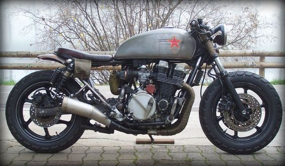 Revolution! Honda CB750 Seven Fifty Rat Bike