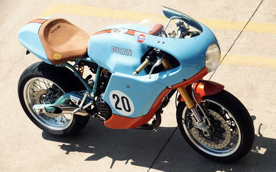 RocketGarage Cafe Racer: Ducati
