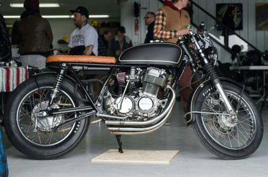 RocketGarage Cafe Racer: Honda CB750
