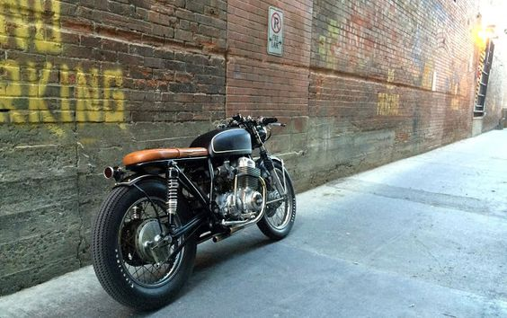 RocketGarage Cafe Racer: Honda CB750