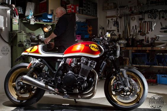 RocketGarage Cafe Racer: Inazuma Barry Sheene Racer