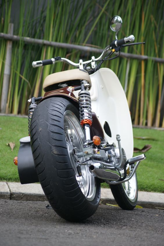 Street Cub by Newspeed Garage
