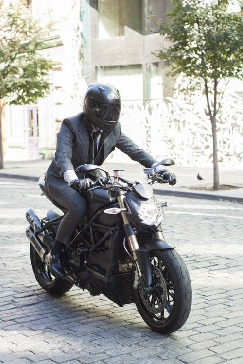 Suit and a Ducati - absolutely Italian!