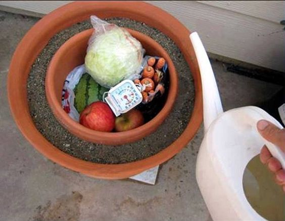 Take a smaller pot and put it inside of a larger pot. Fill the space in between them with wet sand, and cover the top with a wet cloth. When the water evaporates, it pulls the heat out with it, making the inside cold. It's a natural, cheap, easy to use and even portable refrigerator. So, instead of perishable foods rotting after only three days, they can last up to three weeks using this method.