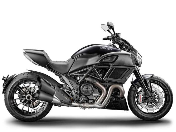 The compact Diavel Dark bike epitomizes mass centralization.