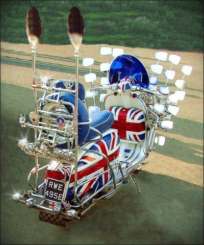The most extreme Mod scooter I've seen - oh, so British!