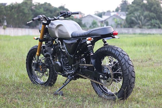 THE SECOND BLUSTER – KAWASAKI NINJA 250 '11 by Studio Motor