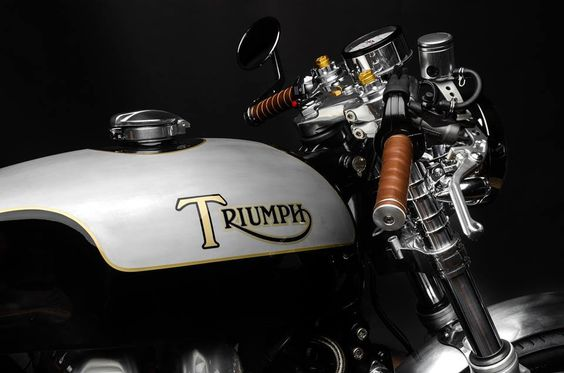 Thruxton Love