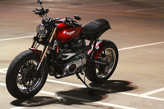 Triumph Bonneville by MeanMachines