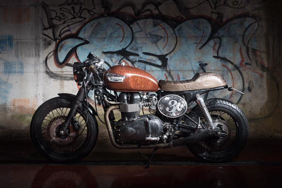 Triumph Cafe Racer Rat by Fifty Garage #motorcycles #caferacer #motos |