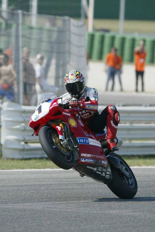 Troy Bayliss.