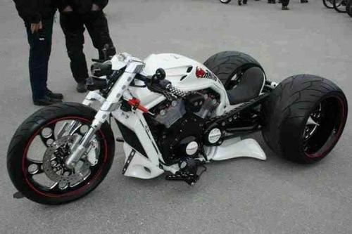 V-Rod Trike - ok, it's really 3 Wheels, however it is based on a 2-wheeler
